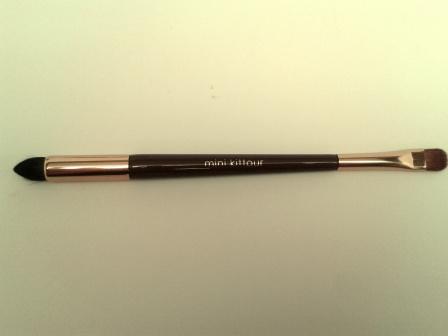eye shadow makeup brush